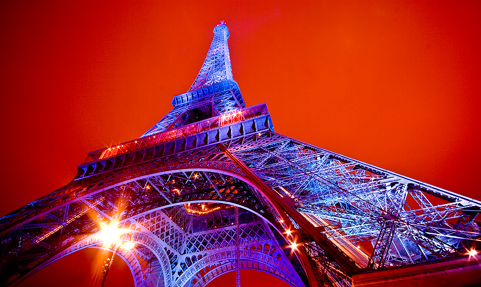 eiffel-blue-red